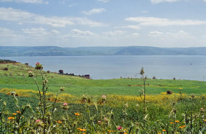 Mount-of-Beatitudes-and-Sea-of-Galilee-tbs75369303.jpg